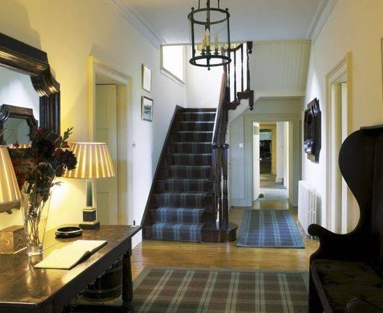 Hallway Inspired Cosy Scottish Highland Retreat House