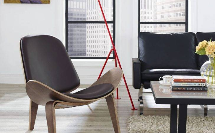 Hans Wegner Shell Chair Brown