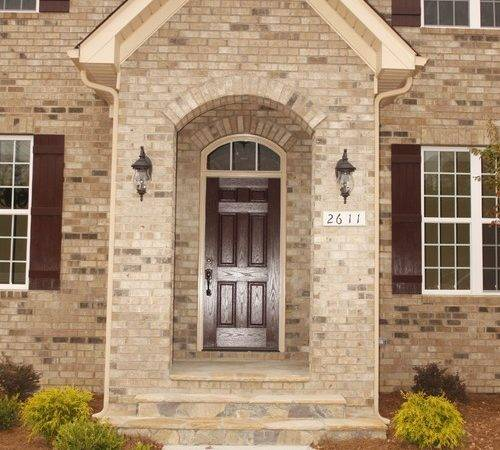 Has Similar Brick Trim Color House Does Wanting Red