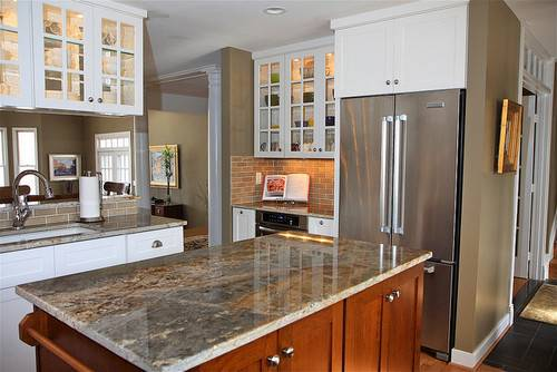 Here White Cabinets Brown Island