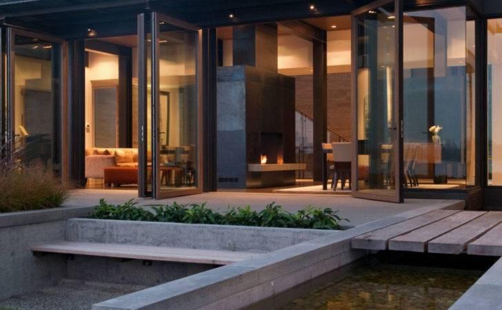 Home Glass Walls Echo Lightness Its Muse Views