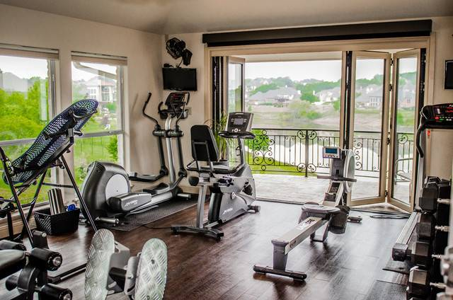 Home Gym Traditional Dallas Les Moore Construction