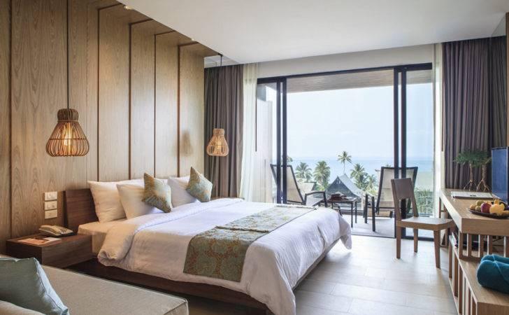Hotel Room Design Ideas Blend Aesthetics Practicality