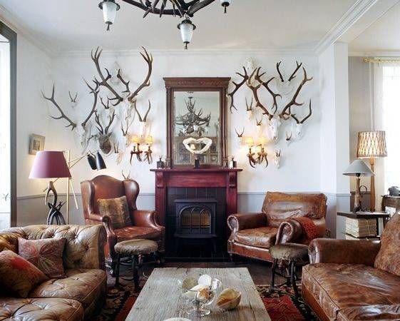 Hunting Themed Brown Couches Remind Deer