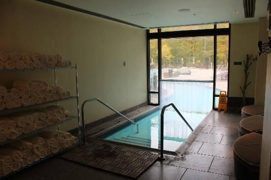 Indoor Pool Stowe Mountain Lodge