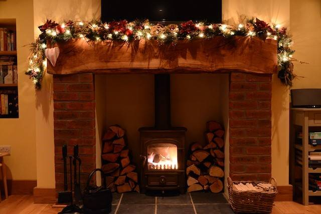 Inglenook Fireplace Heart Christmas Cozy