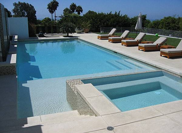 Innovative Seating Poolside Highlight Next Featured