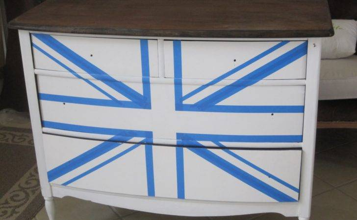 Inspired Union Jack Dresser