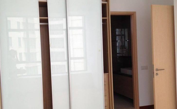 Interior Modern Look Sliding Closet Doors Bedrooms