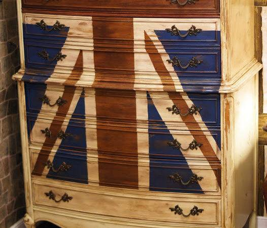 Isaac Union Jack Dresser Cathgrace