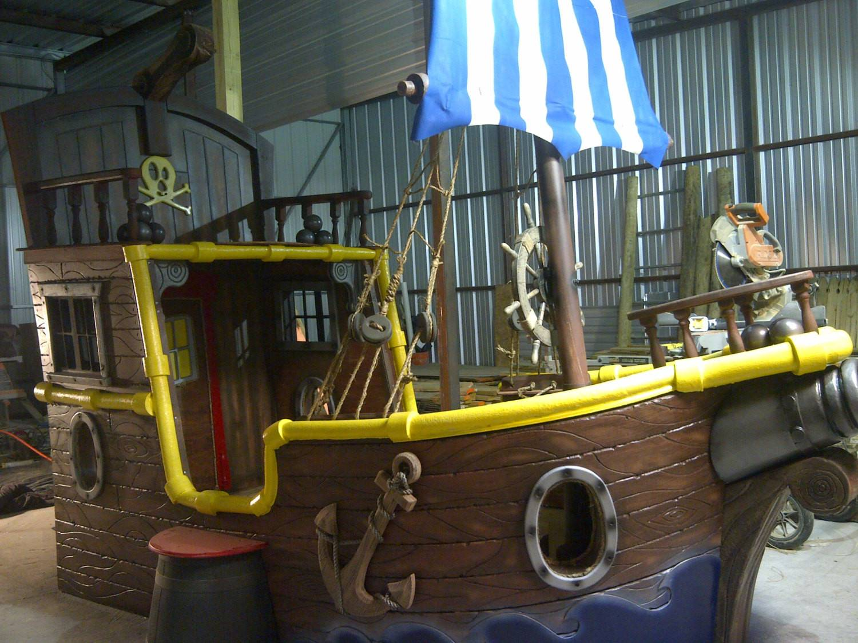 Jake Neverland Pirates Custom Bed