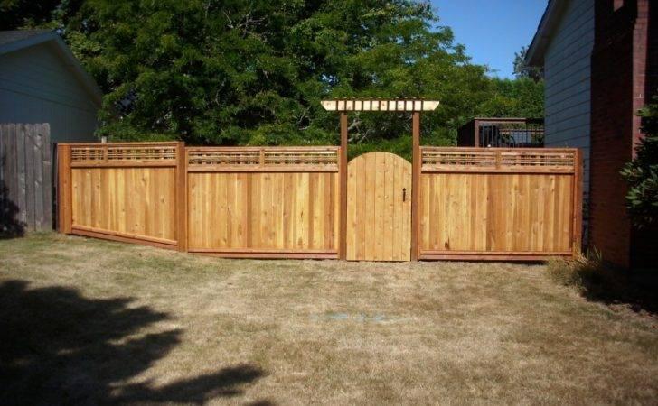 Japanese Lattice Top Fence Style Deck