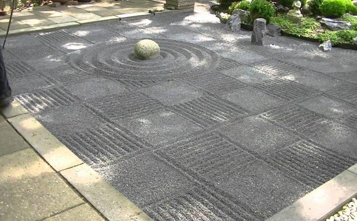 Japanese Zen Garden Gravel Raking Checkers Youtube
