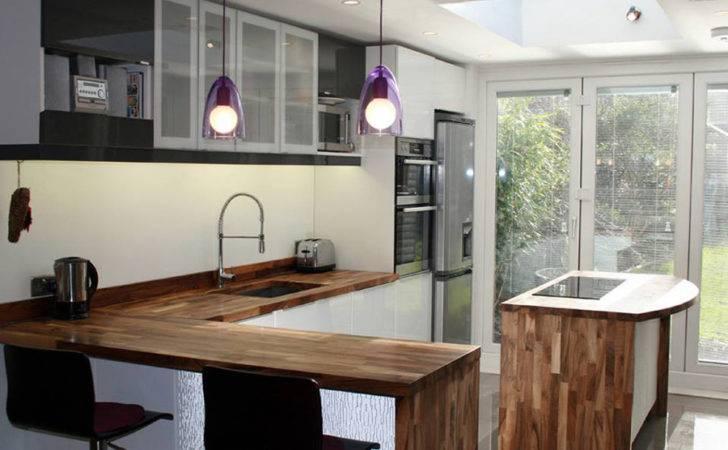 Kitchen Breakfast Bar Using Solid Wood Countertops Worktop