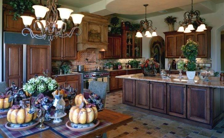 Kitchen Cabinets Design Ideas Italian Themed