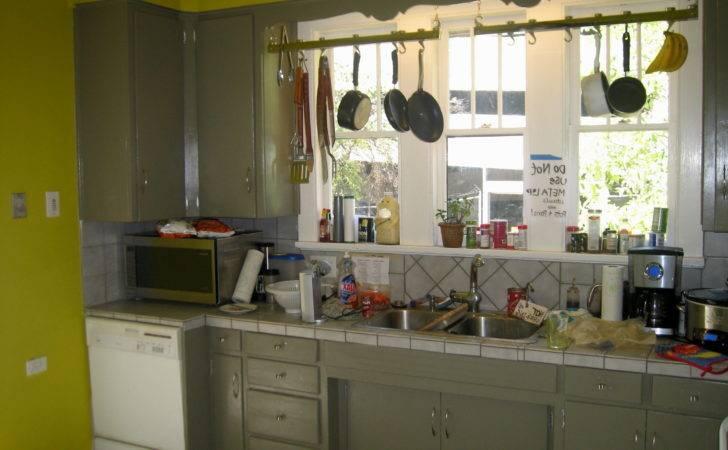 Kitchen Cabinets Green Walls Gray