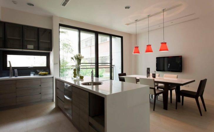 Kitchen Units Provide Streamlined Look Diner