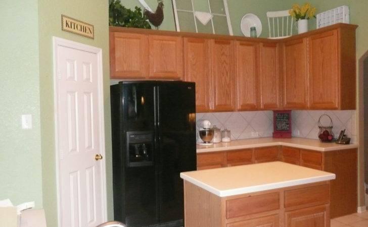 Kitchen Walls Dark Cabi Moreover Kitchens Sage Green