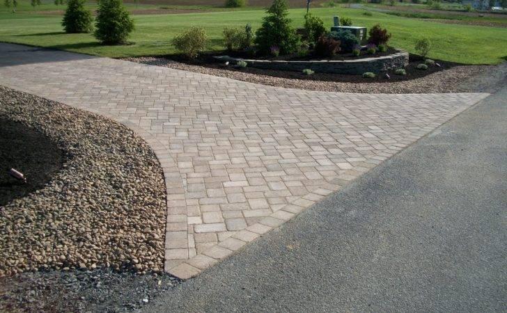 Landscaping Nice Driveway Gate