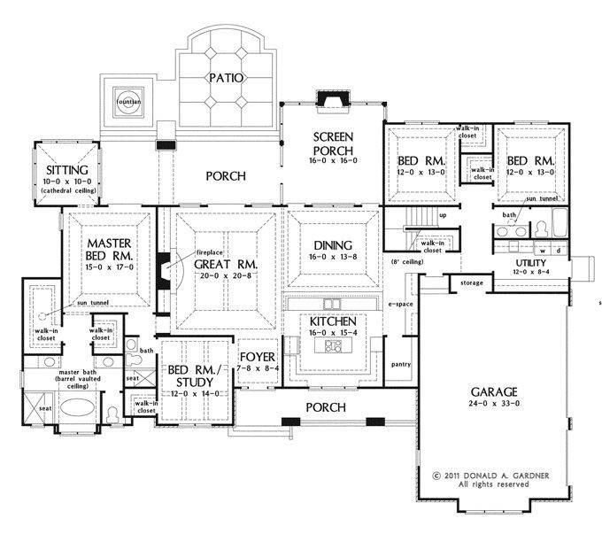 Large One Story House Plan Big Kitchen Walk Pantry Screened