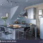 Leather Chrome Stools Breakfast Bar Black Granite Worktop