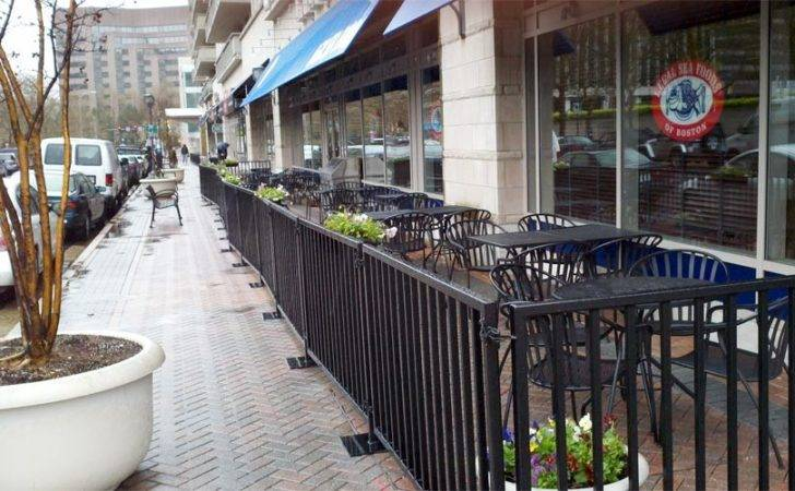 Legal Sea Foods Sidewalk Seating Arlnow