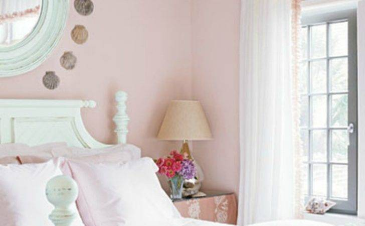 Light Pink Bedding Pastel Walls Simple Shabby Chic Bedroom