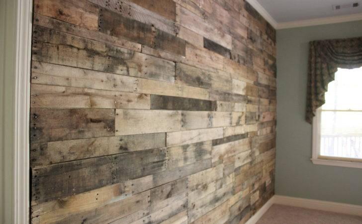 Light Wood Reclaimed Pallet Wall