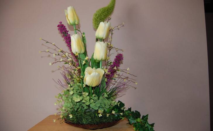 Light Yellow Tulips Purple Flowers Floral Arrangements