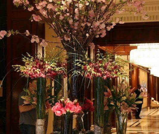 Lobby Flowers Floral Design Presentation Pinterest