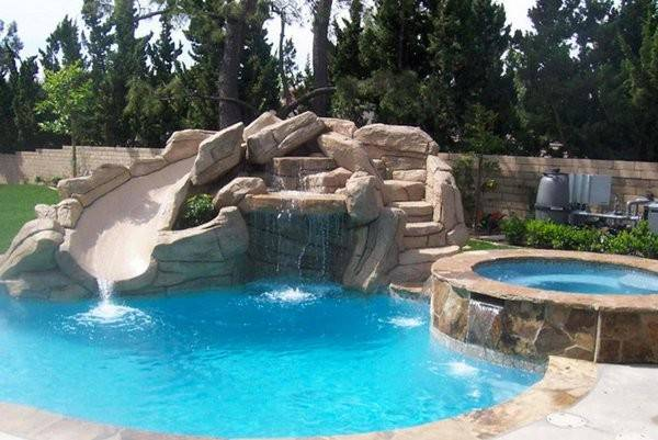 Love All Rock Formation Added Stunning Swimming Pool