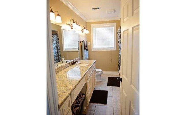 Love Seating Vanity Area Built Into Bathroom Counter House
