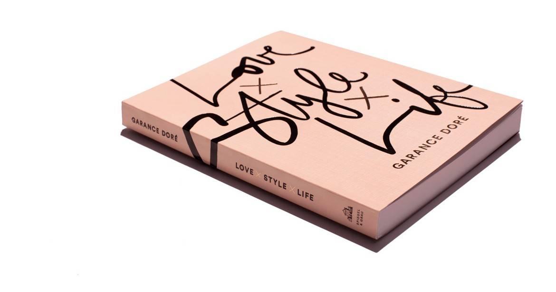 Love Style Life Beau Livre Qui Revient Sur Vie
