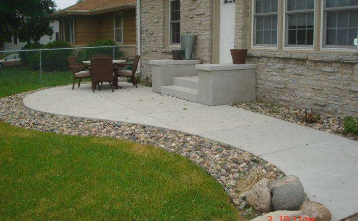 Lovely Concrete Paver Patio Design Ideas