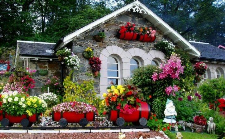 Lush Greenery Beautiful Gardens Wonderwordz