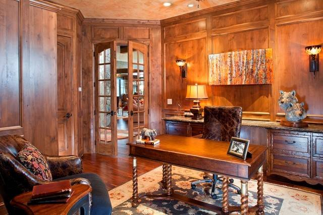 Luxurious Mountain Home Traditional Office