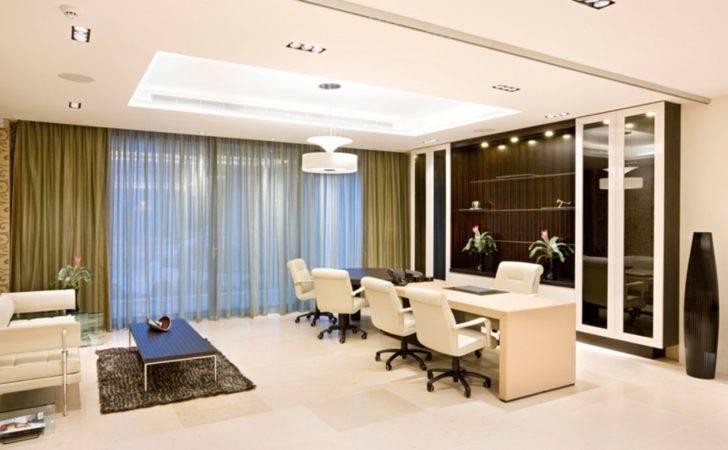 Luxury Office Interior Design Desks