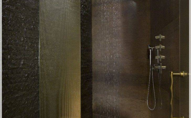 Luxury Rain Showers Galleryhip Hippest Pics