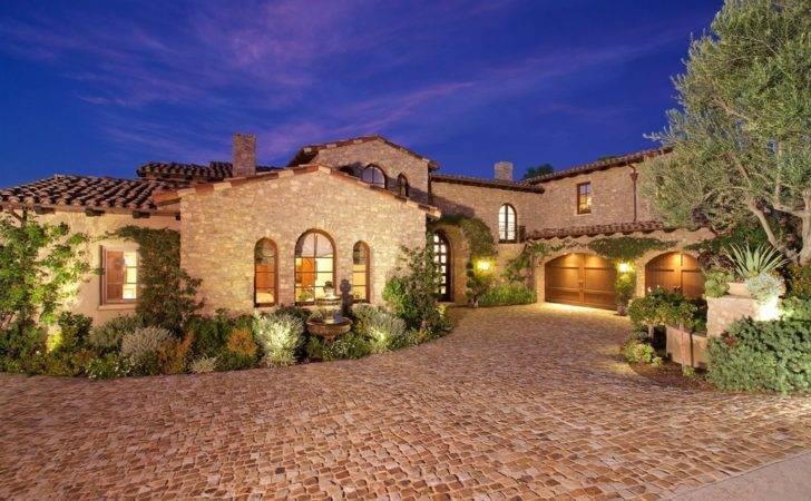 Luxury Tuscan Style House Interior Exterior Designing