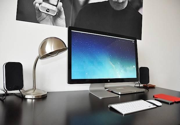 Mac Setups Beautifully Minimalist Video Editing Workstation