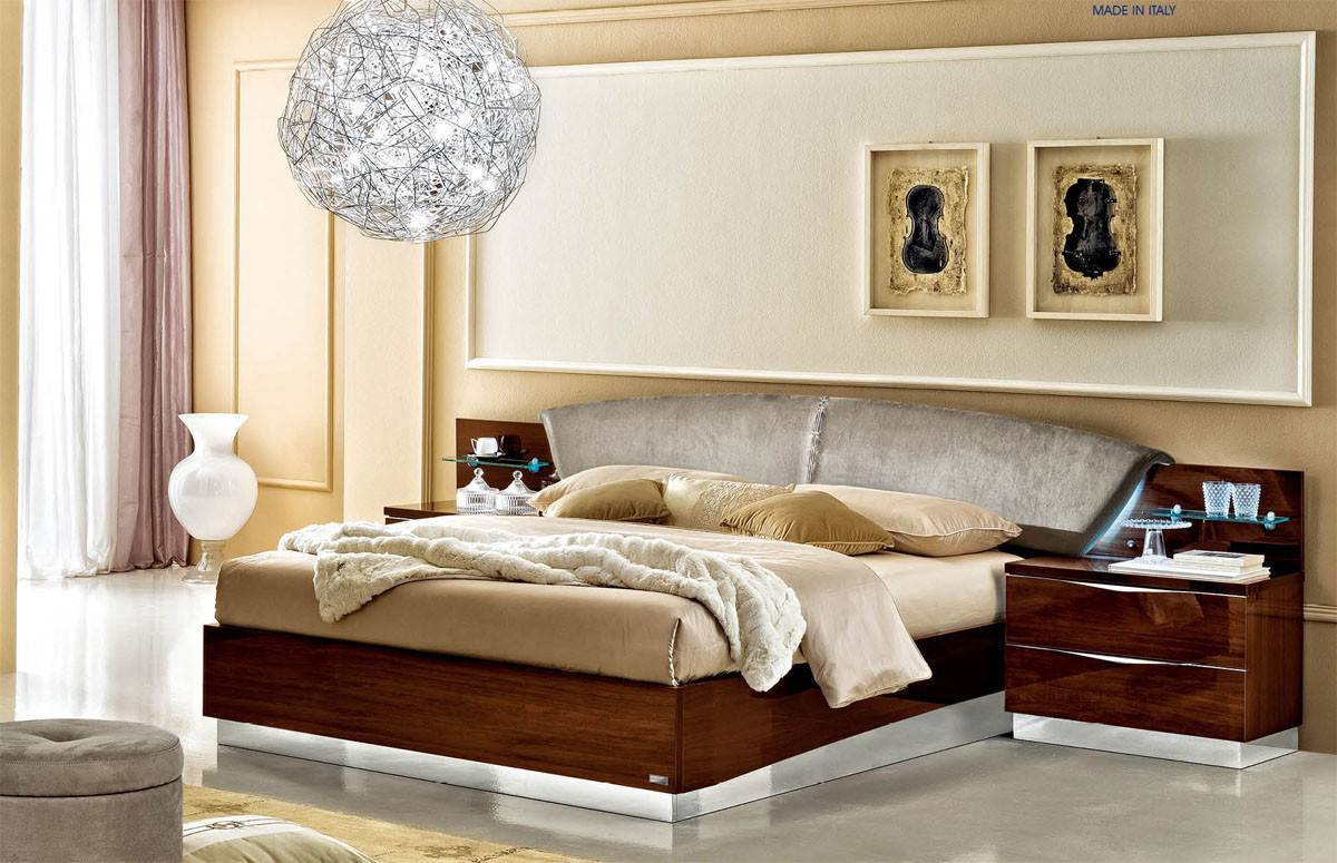Made Italy Wood Elite Platform Bed Extra Storage