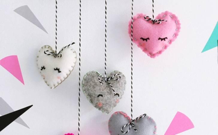 Make Felt Heart Mobile Should Heartfelt