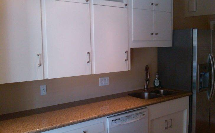 Make Old Cabinets Look New Manicinthecity