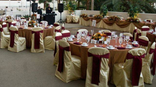 Maroon Gold Wedding Decorations Specialiststhe