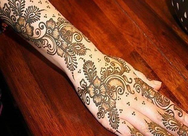 Mehndi Style Most Beautiful Pakistani Designs
