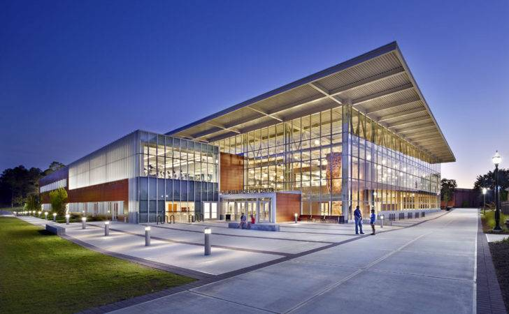 Menefee Architecture Wellness Recreation Center