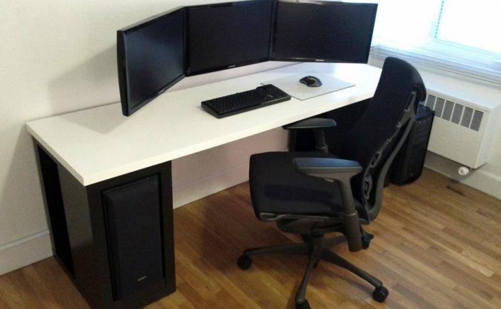 Minimalist Desk Setup Gaming