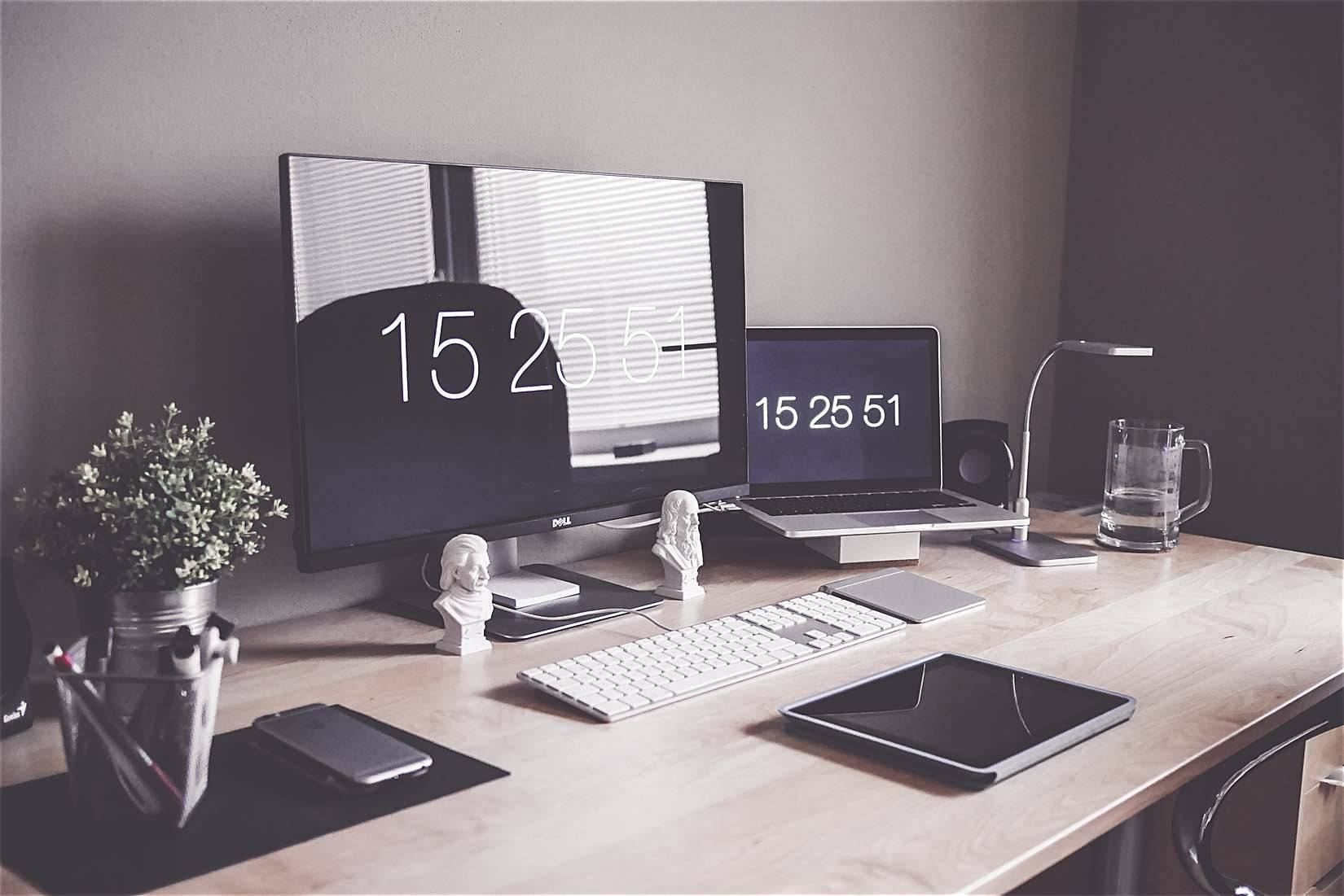 Minimalist Home Office Workspace Desk Setup