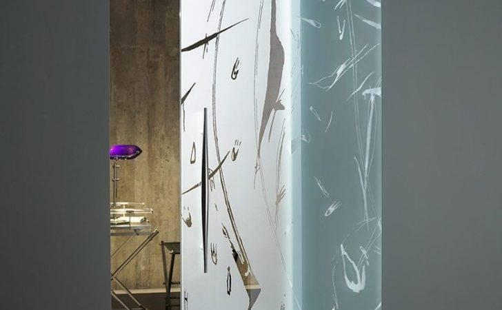 Modern Glass Door Bathroom Toilet