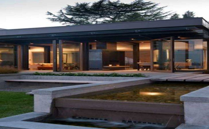 Modern House Design Water Feature
